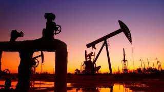 أسعار النفط تسجل 67.77 دولار لبرنت و64.87 دولار للخام الأمريكى