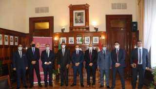 بنك مصر يوقع بروتوكول مع شركة غاز القاهرة لتمويل المصانع للتحول للعمل بالغاز الطبيعي
