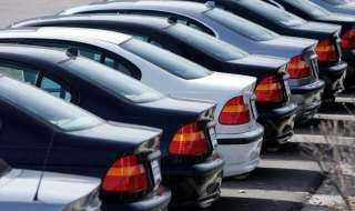 بشرى سارة لمن تنطبق عليهم الشروط.. «الحكومة» تُسلم 1700 سيارة جديدة