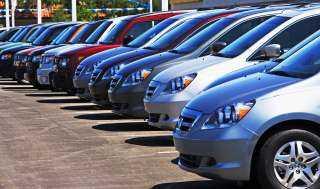 «المالية» تكشف أسباب تأخر تسليم السيارات في «مبادرة الإحلال»