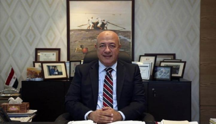 البنك الأهلي المصري يضخ 650 مليون جنيه لتمويل 2750 سيارة ضمن مبادرة إحلال المركبات